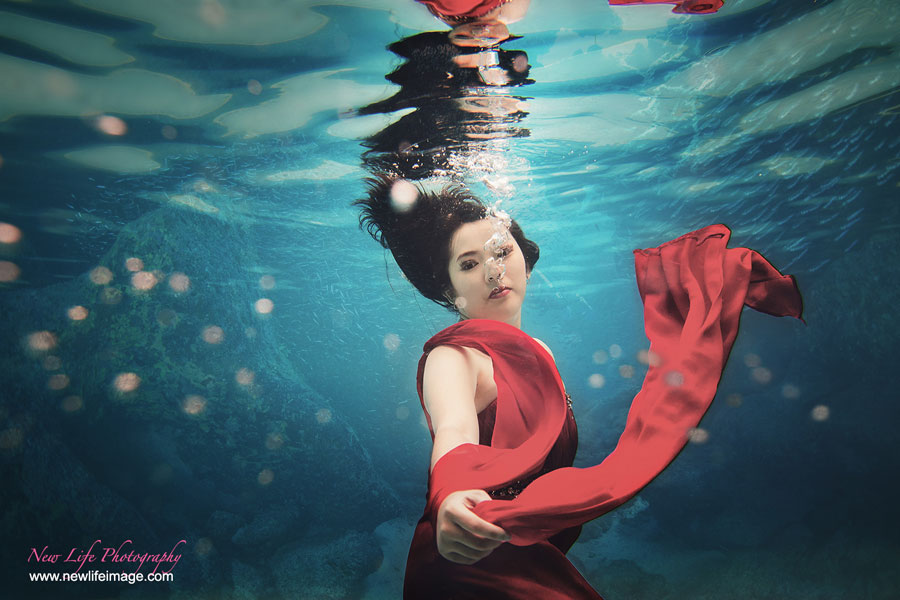 Underwater-Prewedding-3